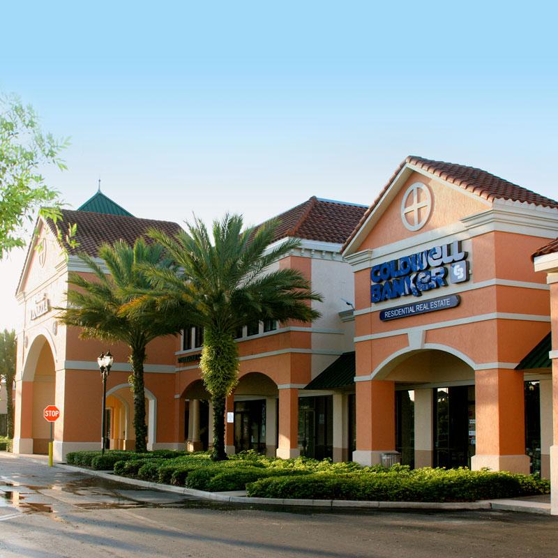 Plaza-Venezia-Orlando,-FL-2
